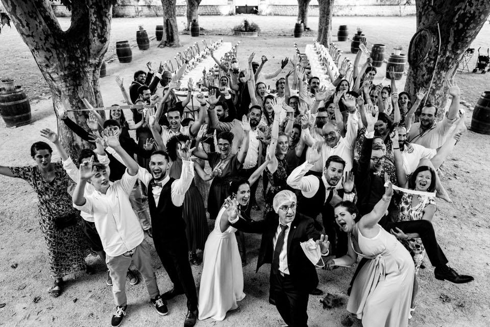 mariage-provence-lieu-reception-parc-groupe-maries-bride-groom-aix-south-france-marseille-lancon-salon-fete-wedding-happiness-bonheur