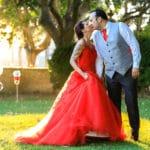 mariage-reporte-covid-provence-maries-robe-mariee-rouge-decouverte-13-salon-lancon