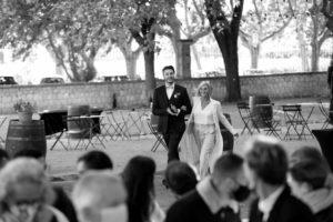 entourer-bons-prestataires-mariage-couple-maries-ceremonie