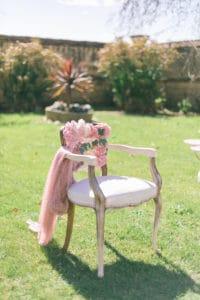 chaise-mariage-printemps-provence-lieu-reception-inspiration-aix-marseille-salon-lancon-chateau