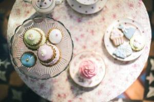 gateaux-mariage-inspiration-chronique-serie-bridgerton-printemps-lieu-reception-provence