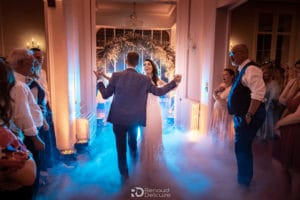 mariage-elegant-maries-danse-bride-groom-danse-mariage-elegant-proche-aix-provence