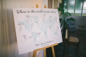 decoration-salle-mariage-provence-plan-table-idee-deco-decoration-voyage-theme-worl-wedding-chateau-provence-aix-marseille-salon-lancon-13