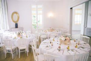decoration-salle-mariage-provence-table-repas-noce-chic-wedding-cfhateau-venue-lieu-reception-pelissanne-south-france