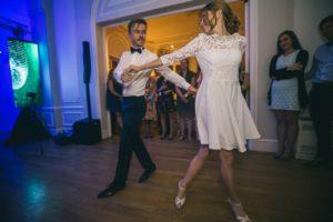 dj-mariage-13-maries-robe-mariee-soiree-dansante-chateau