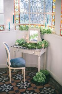 decoration-florale-mariage-13-decoration-verriere-shooting-inspiration-chateau
